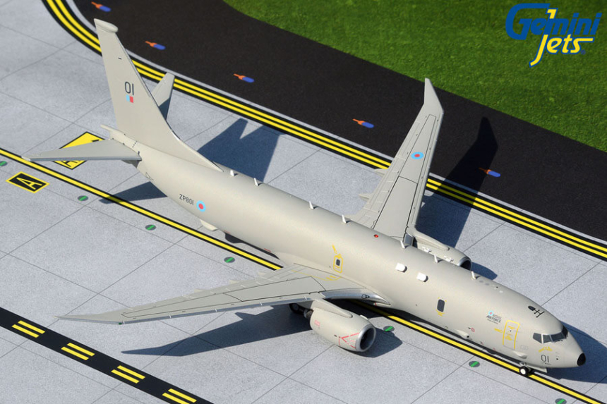"Boeing P-8A Poseidon Royal Air Force (RAF) ""Lossiemouth"" Scale 1/200"