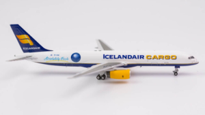 Boeing 757-200F Icelandair Cargo TF-FIG NG Model w skali 1:400