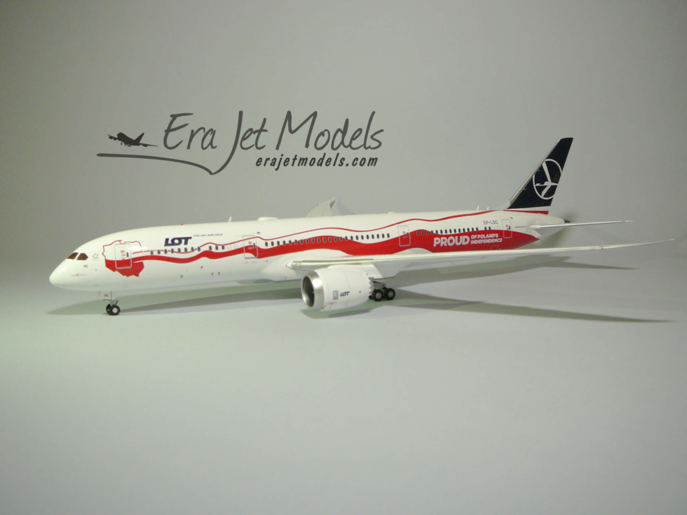 """Boeing 787-9 LOT """"Poland's Independence"""" JC Wings model w skali 1:200"""