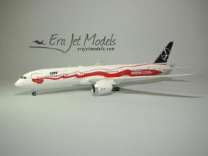 "Boeing 787-9 LOT ""Poland's Independence"" JC Wings model w skali 1:200"