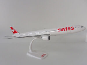 Boeing 777-300ER Swiss Herpa Wings model samolotu w skali 1:200Boeing 777-300ER Swiss Herpa Wings model samolotu w skali 1:200