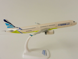 Airbus A321-200 Air Busan Herpa Wings model samolotu w skali 1:200