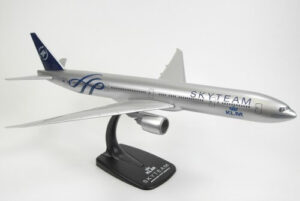 Boeing 777-300ER Skyteam KLM PH-BVQ model samolotu w skali 1:200