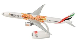 "Boeing 777-300ER Emirates ""Expo 2020 Dubai UAE, Orange"" A6-EPO model samolotu w skali 1:200"