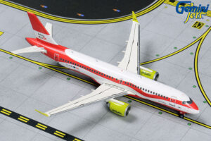 "Airbus A220-300 (Bombardier CS300) Air Baltic ""Latvia 100"" livery YL-CSL model samolotu w skali 1:400"