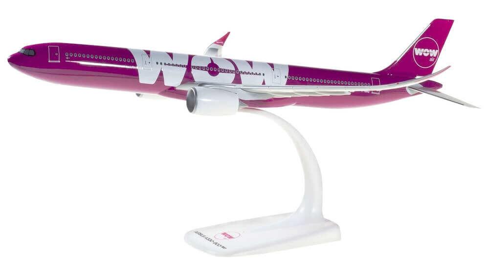 Airbus A330-900neo WOW Airlines model samolotu w skali 1:200