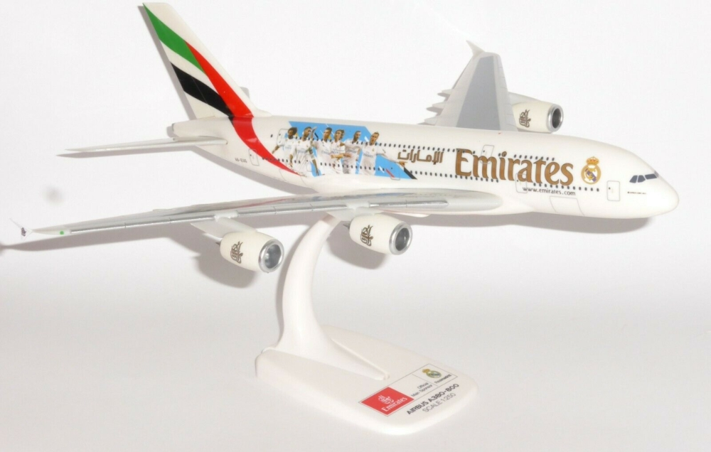 """Airbus A380-800 Emirates """"Real Madrid 2018"""" w skali 1:250 Herpa 612142"""