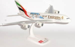 "Airbus A380-800 Emirates ""Real Madrid 2018"" w skali 1:250 Herpa 612142"