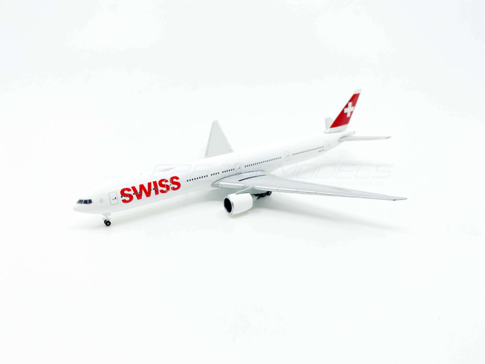 Boeing 777-300ER Swiss Airlines 1:500 529136-002