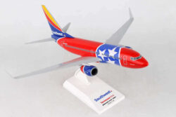 """Boeing B737-700 Southwest Airlines """"Tennessee One"""" w skali 1:130 SKR949"""