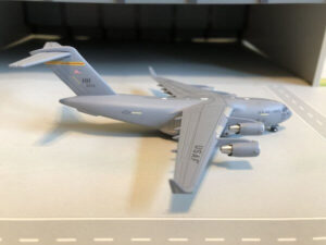 Boeing C-17A Globemaster U.S. Air Force Hawaii USAF w skali 1:500