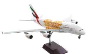 "Airbus A380-800 Emirates ""Orange Expo 2020"" w skali 1:200 G2UAE758"