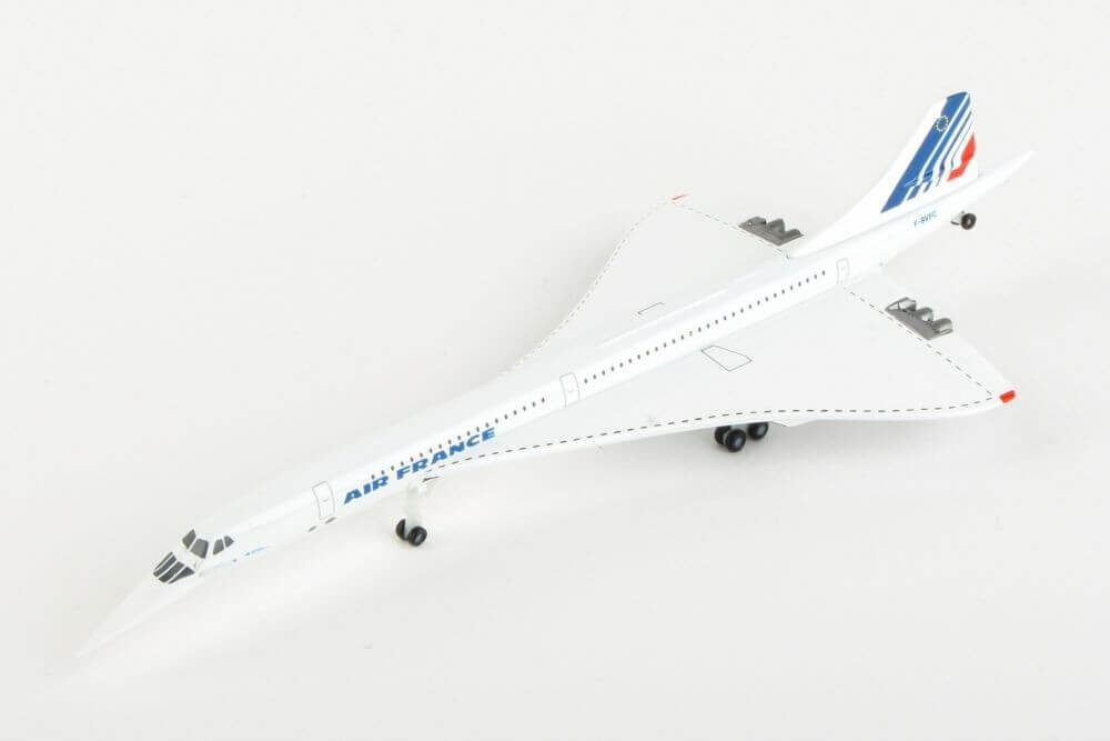 Concorde Air France nose down w skali 1:500 Herpa 532839Concorde Air France nose down w skali 1:500 Herpa 532839