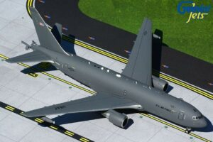 Boeing KC-46A Pegasus US Air Force USAF w skali 1:200 G2AFO805