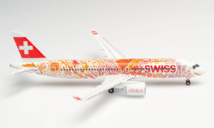 Airbus A220-300 Swiss Air Lines w skali 1:200 Bombardier Herpa 559935