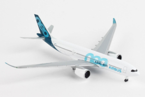 Airbus A330-800neo House Color F-WTTO w skali 1:500 Herpa 533287