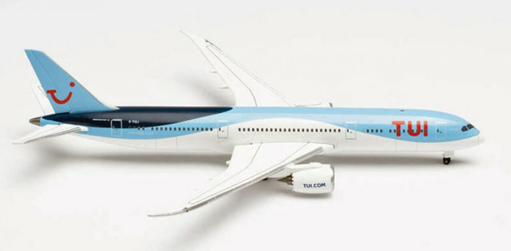 Boeing 787-9 TUI 1:500 HER534642